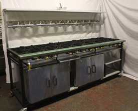 12 Burner Cooker with 2 Ovens & 2 Shelves