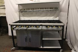 8 Burner Cooker with Oven & 2 Shelves