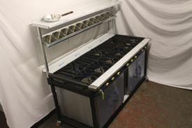 9 Burner Cooker with 2 Ovens